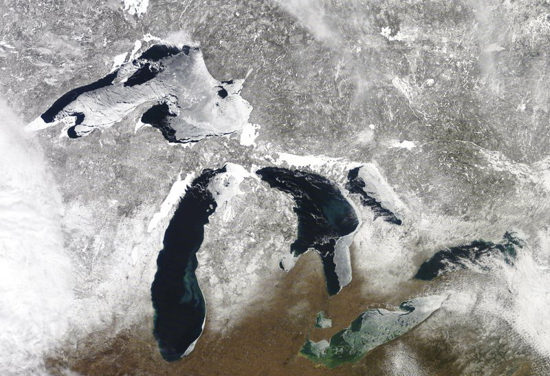 Report: Great Lakes feeling effects of rapid climate warming
