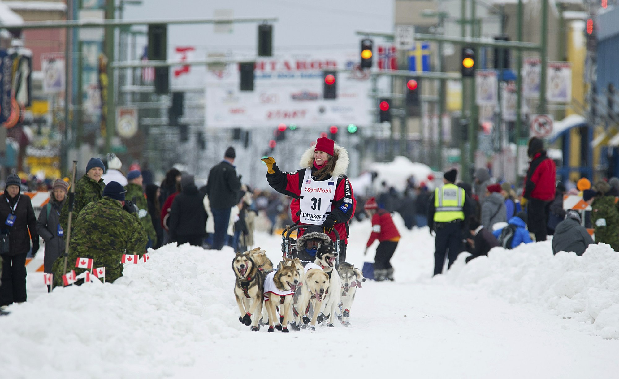 Veteran musher Aliy Zirkle takes lead in Alaska's Iditarod