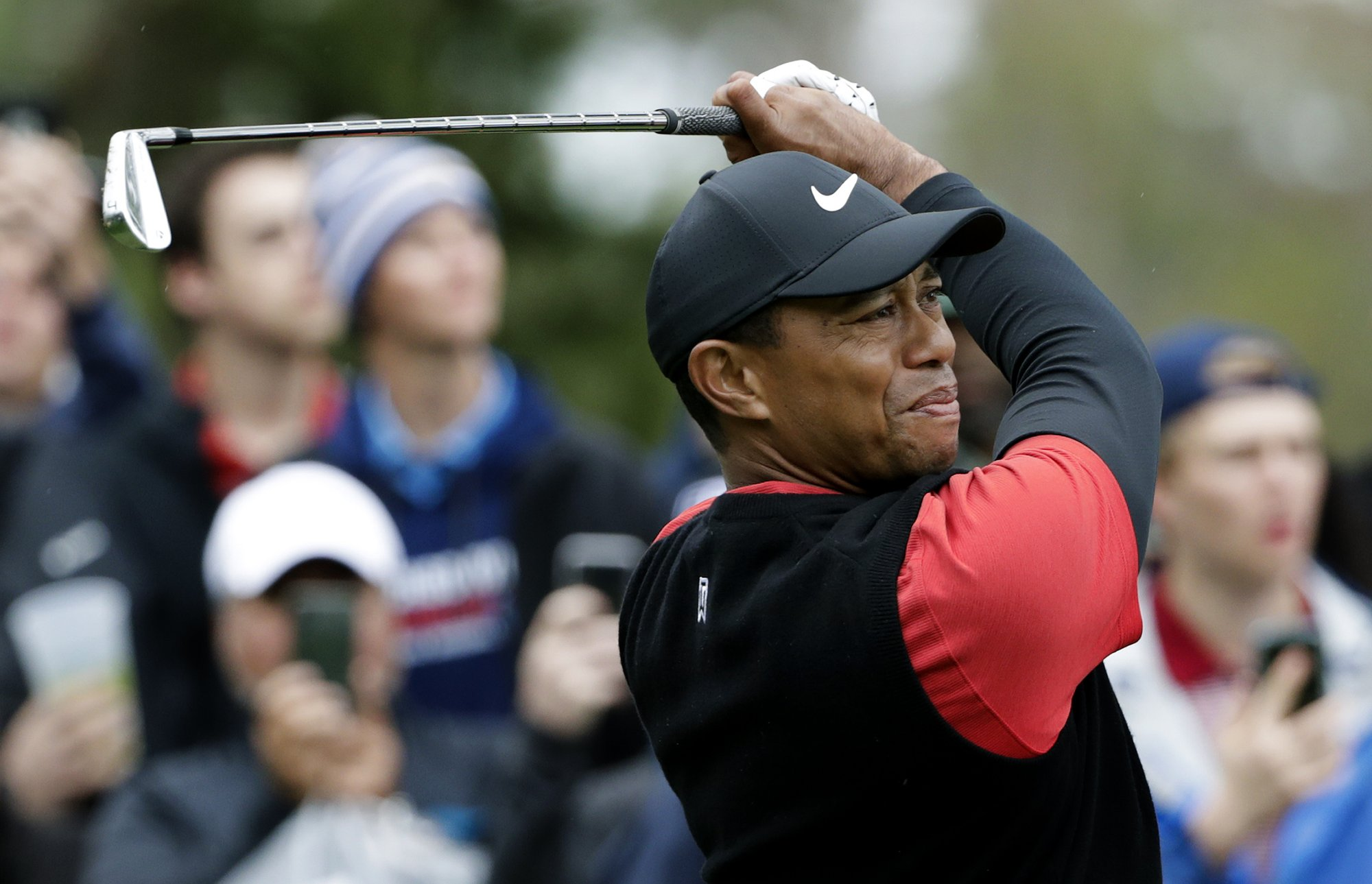Woods to open Match Play against PGA Tour rookie of year