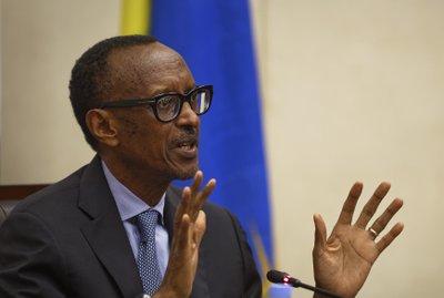 8c0417c545f Paul Kagame
