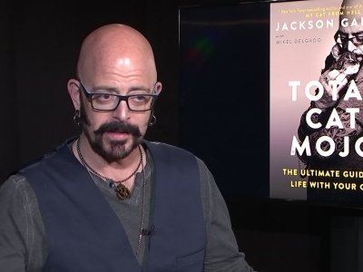 TV cat guy, Jackson Galaxy, out with new book
