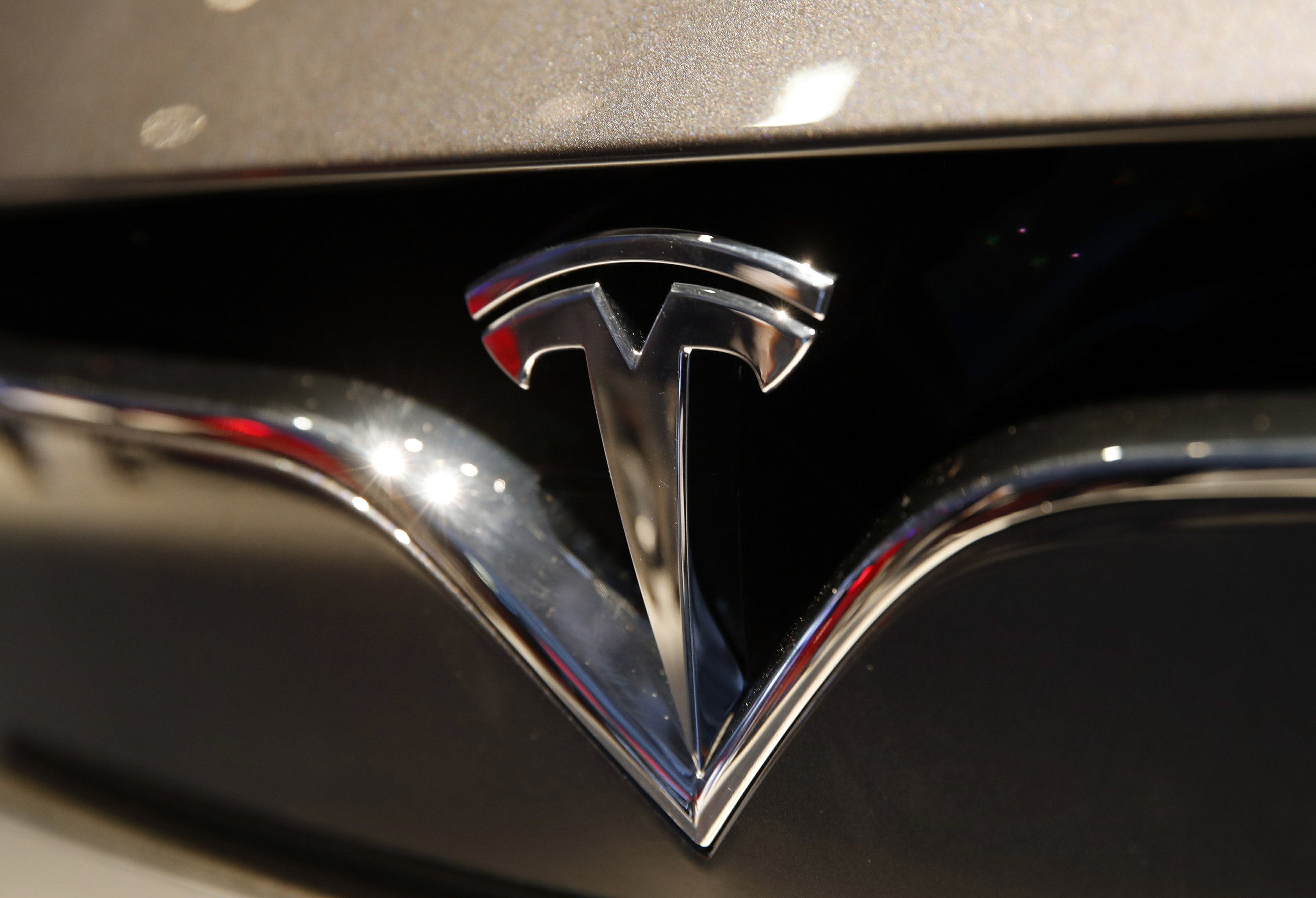 apnews.com - Michael Liedtke - Tesla gears up for fully self-driving cars amid skepticism
