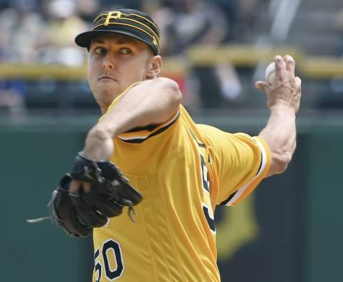 Adam Frazier's 11th-inning home run leads Pirates to 2-1 victory against Cubs