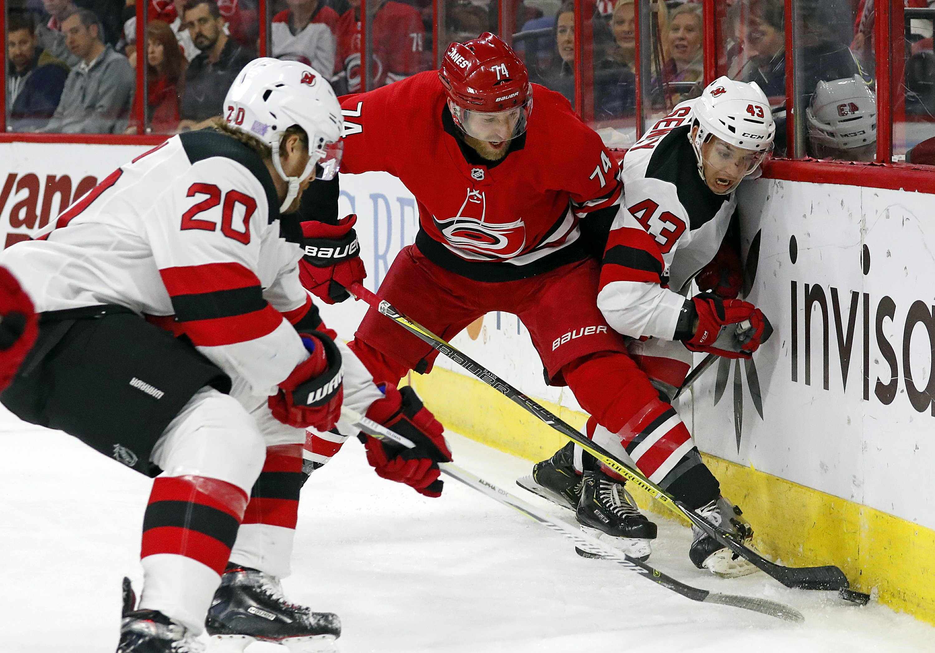 Hurricanes score twice in opening 30 seconds, top Devils 2-1