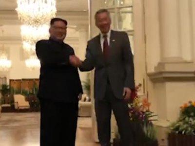 Kim Jong Un Meets Singapore Prime Minister