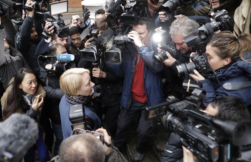 Wikileaks: Assange sarà interrogato dai giudici svedesi
