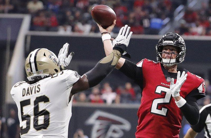Atlanta Falcons quarterback Matt Ryan (2) throws a touchdown pass to Atlanta  Falcons wide receiver Calvin Ridley (18) during the second half of an NFL  ... 331e7e41e