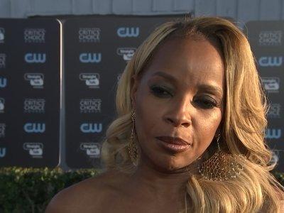 Blige celebrates birthday at Critics' Choice
