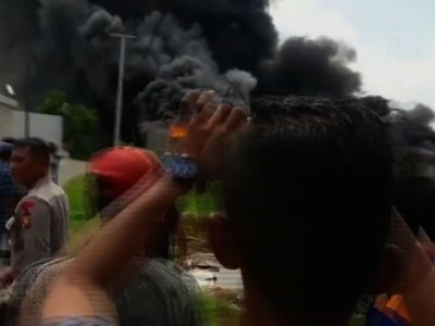 Indonesia Fireworks Factory Blast Kills Dozens