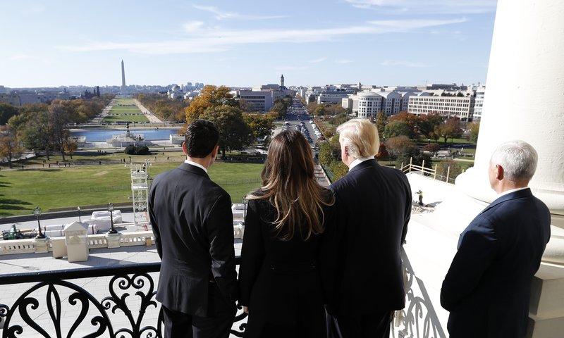 Donald Trump, Mike Pence, Paul Ryan, Milania Turmp