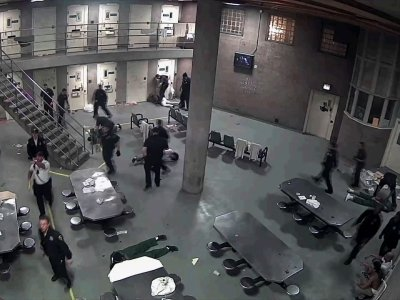 16 Inmates Charged After Fight At Chicago Jail