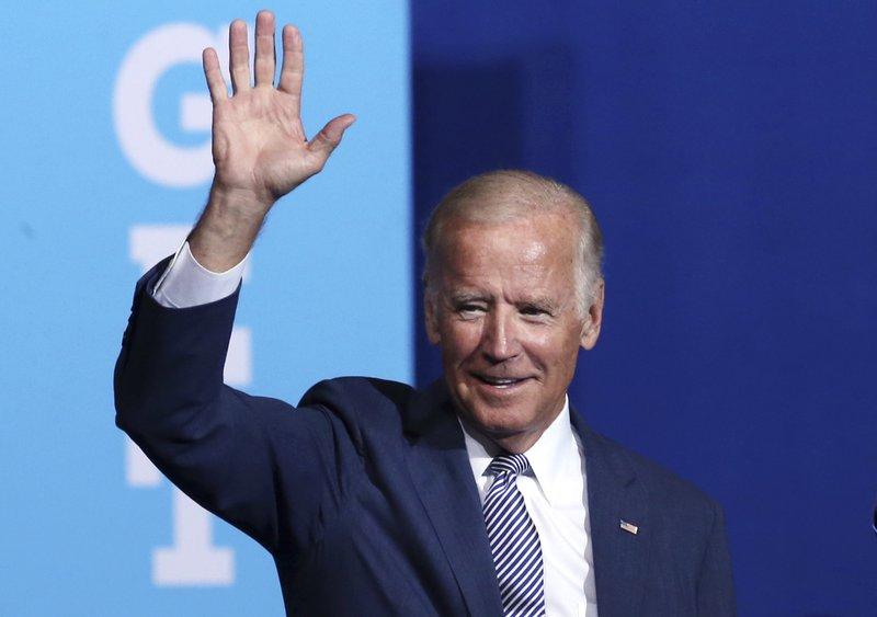 Hillary Clinton, Joe Biden