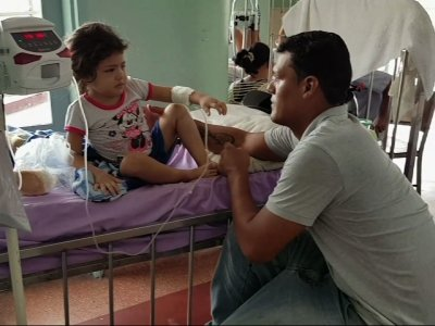 Venezuelan Child Nearly Dies from Scraped Knee
