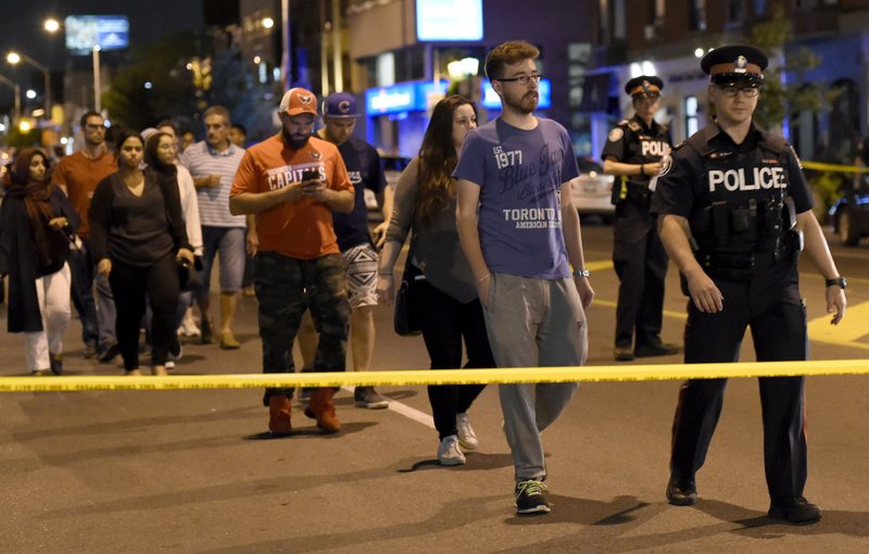 2 dead, 13 injured, gunman killed in Toronto shooting