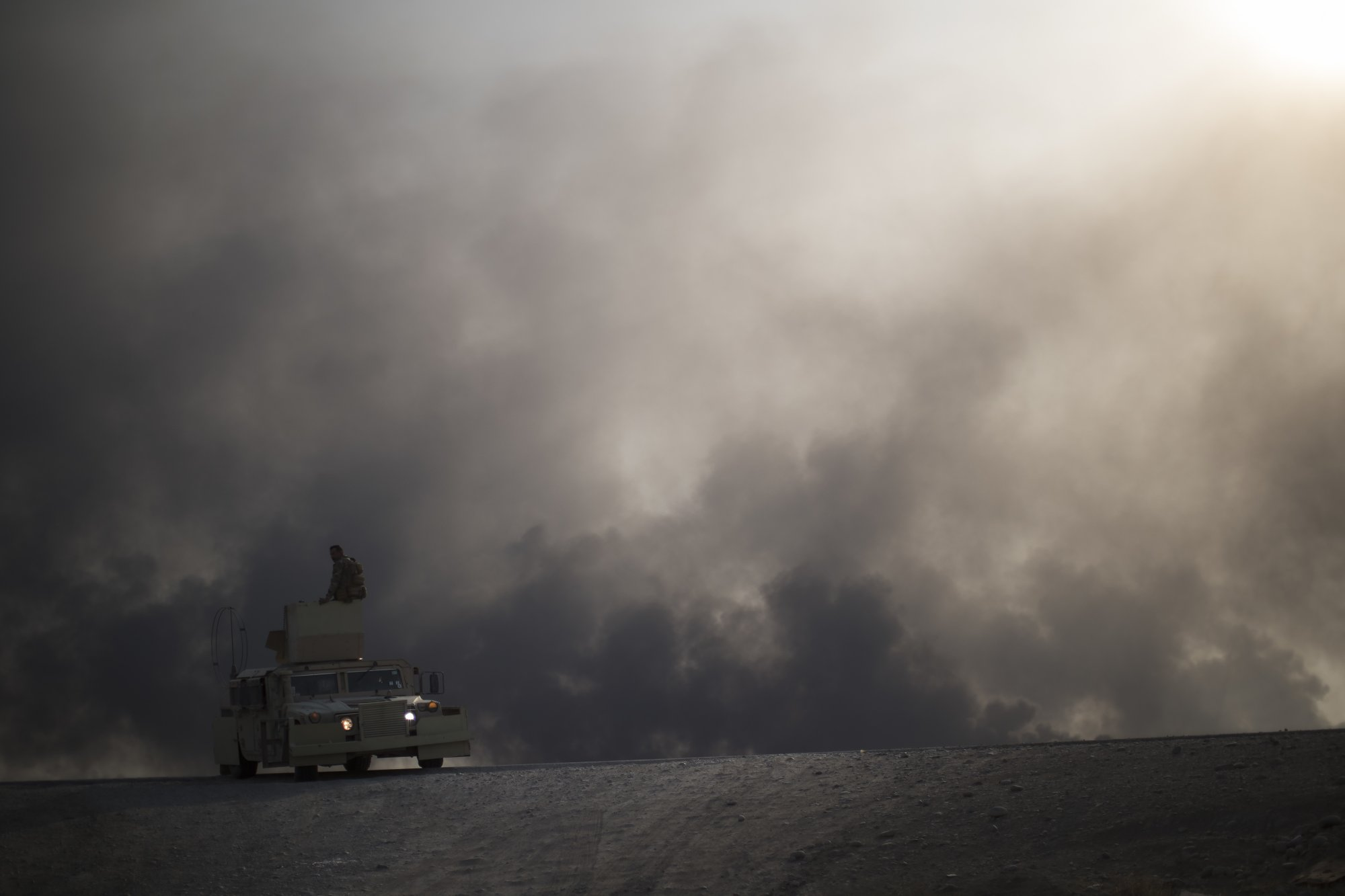 Mosul battle rages as IS bombings elsewhere in Iraq kill 20