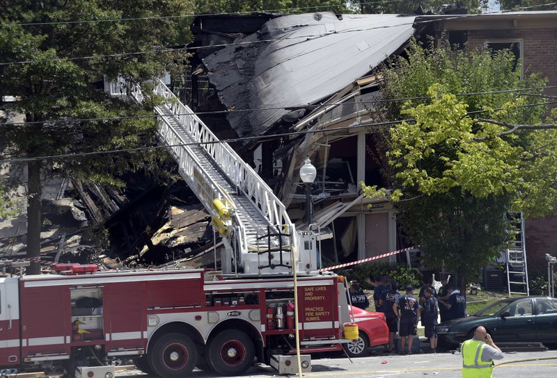 Police expect death toll to rise in apartment explosion