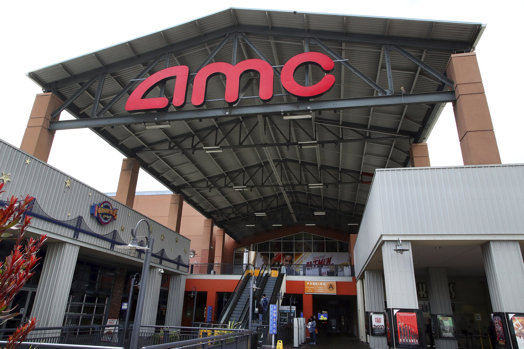 Amc Theatres Unveils 20 A Month Rival To Moviepass