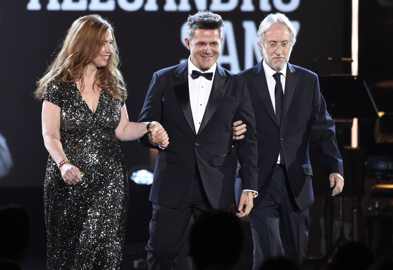 Laura Tesoriero, Alejandro Sanz, Neil Portnow