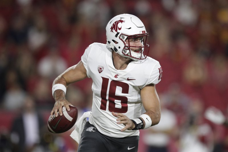 Washington State quarterback Gardner Minshew looks to throw a pass during  the first half of the team s NCAA college football game against Southern ... 33f9a9cb6