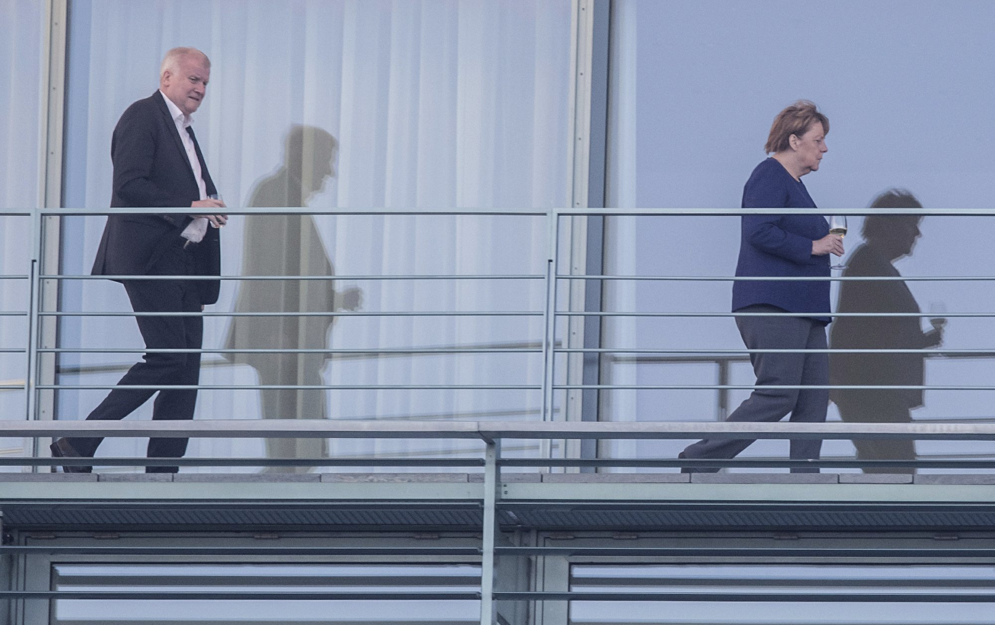 The Latest Report German Pol To Resign Post Over Migration