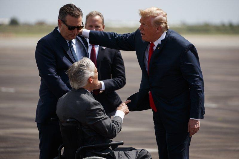 Donald Trump, Greg Abbott, Ted Cruz
