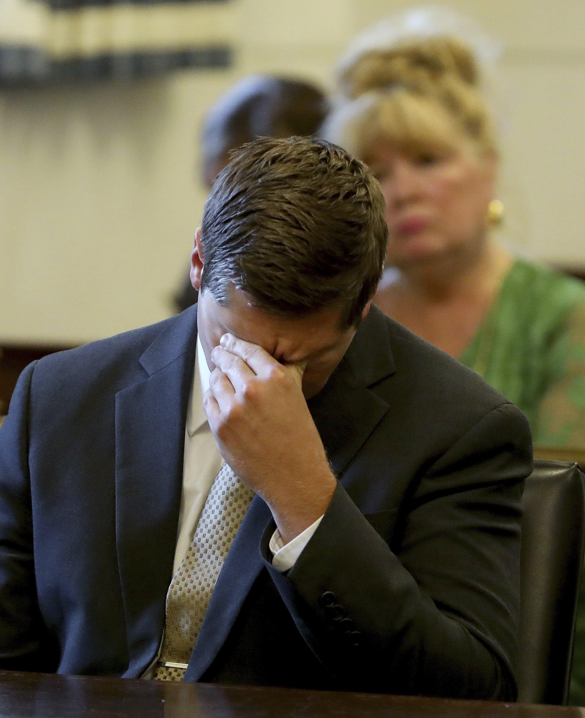 A 2nd mistrial: Jury deadlocks in Ohio cop's murder retrial