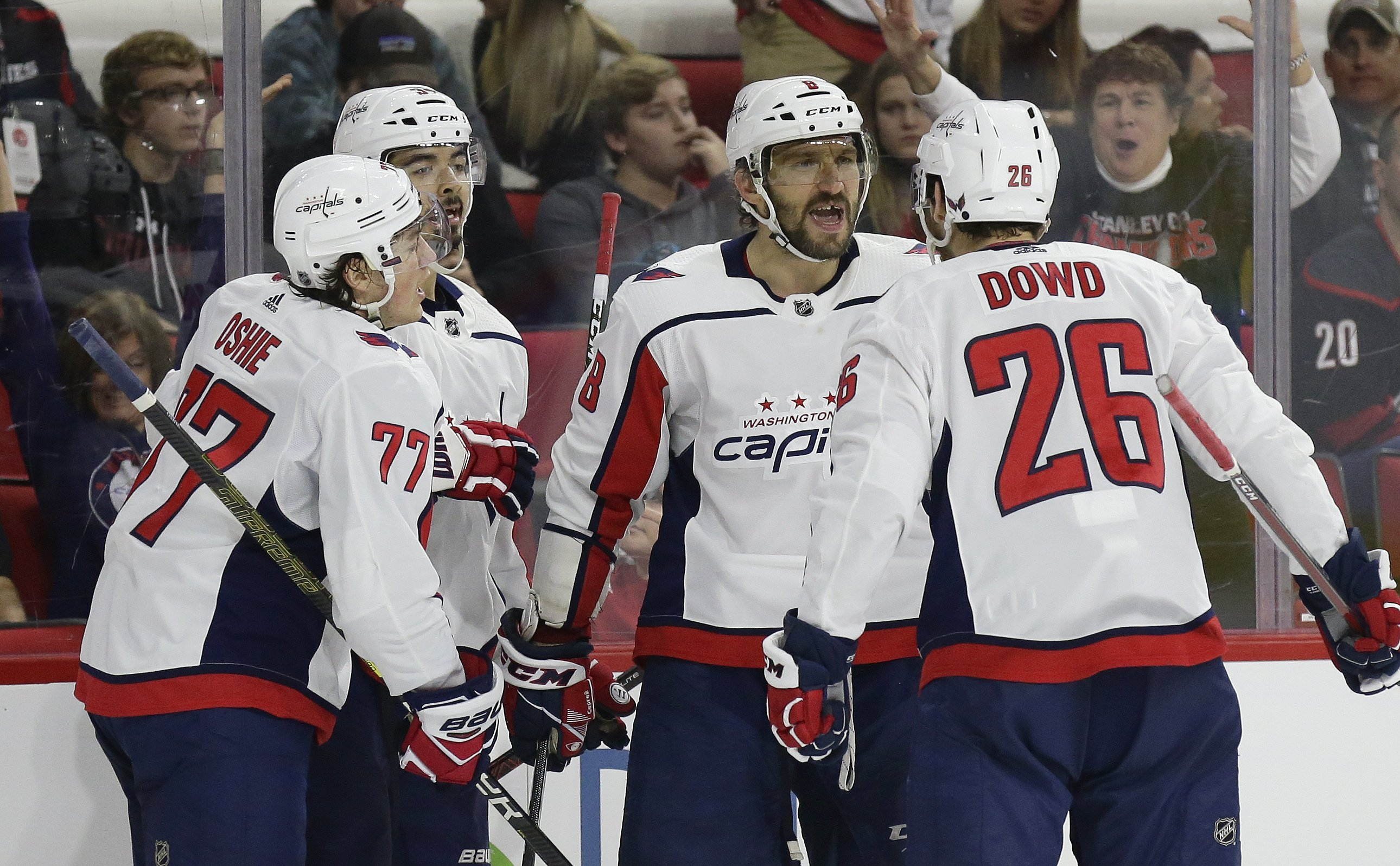 Ovechkin nets 2nd straight hat trick 19ff45f4a