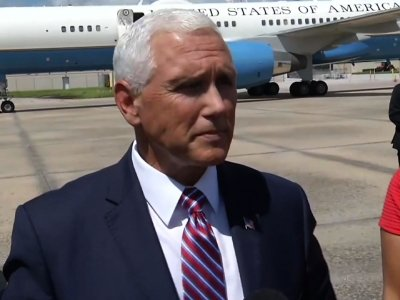 Pence says author of NYT op-ed should resign