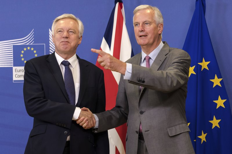Michel Barnier, David Davis