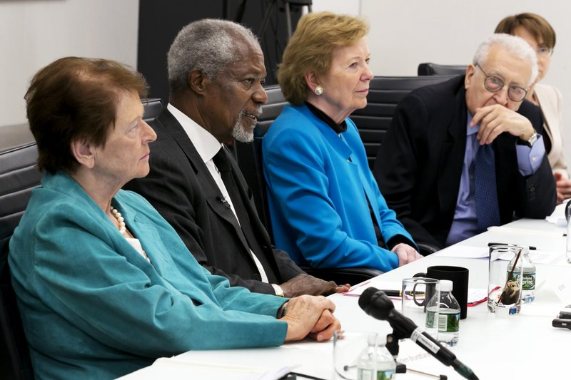 Gro Harlem Brundtland, Lakhdar Brahimi, Mary Robinson, Kofi Annan