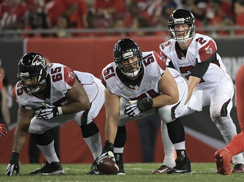 Falcons Investment In Center Alex Mack Paying Big Dividends