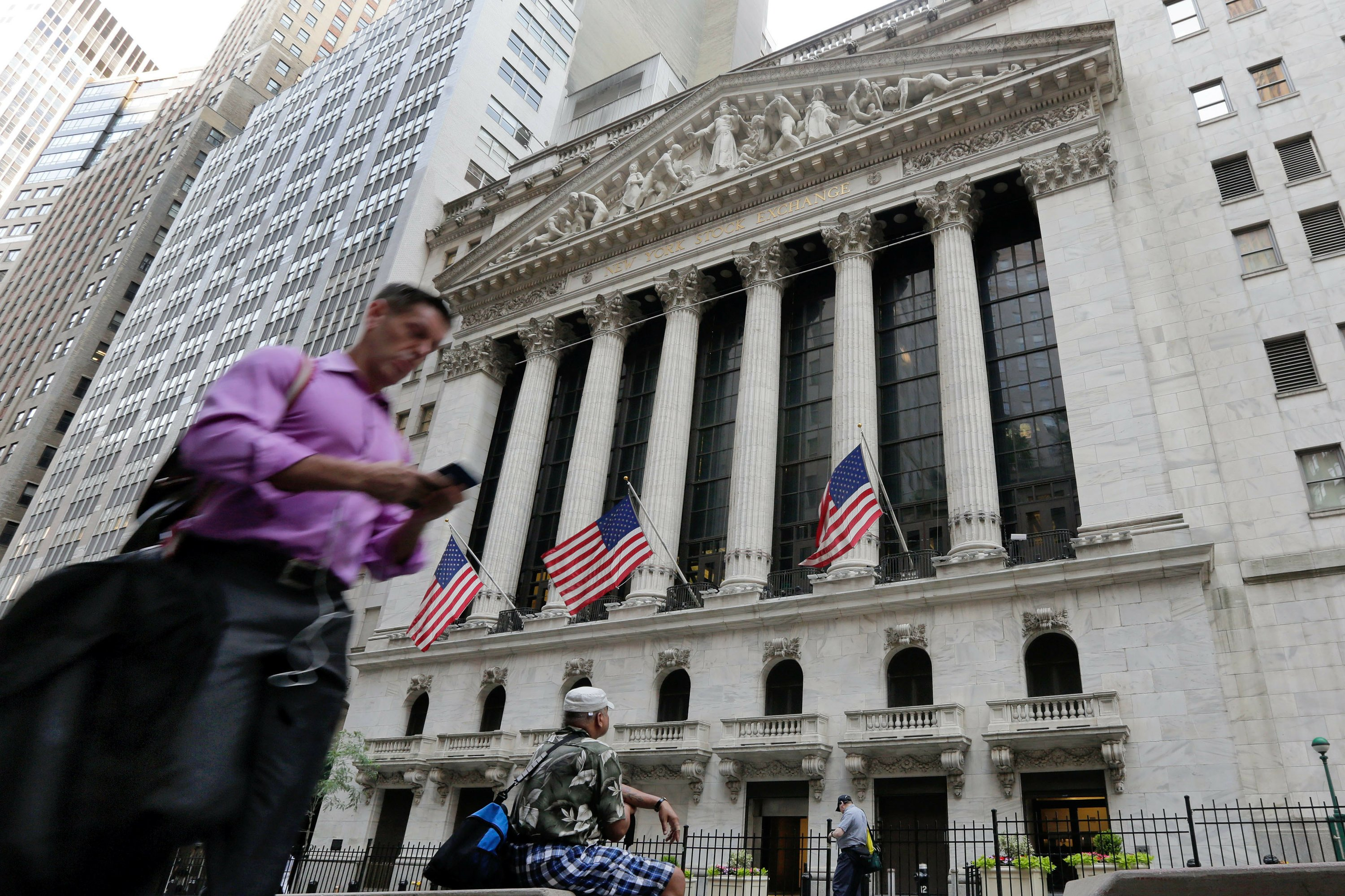 US stocks rebound as anxiety over British vote eases