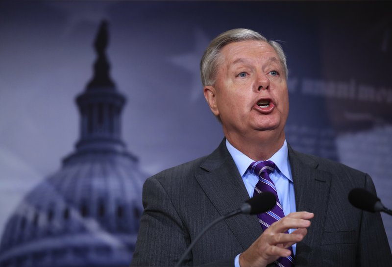 Graham Departs From Best Friend Mccain Goes All In On Trump