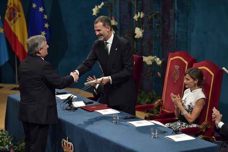 Antonio Tajani, Felipe VI, Letizia