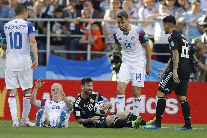 Column  Tiny Iceland neutralizes Messi and Argentina c26d7b94b9b21