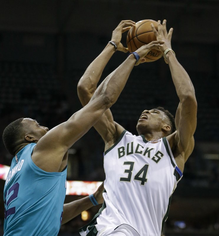Giannis Antetokounmpo, Dwight Howard
