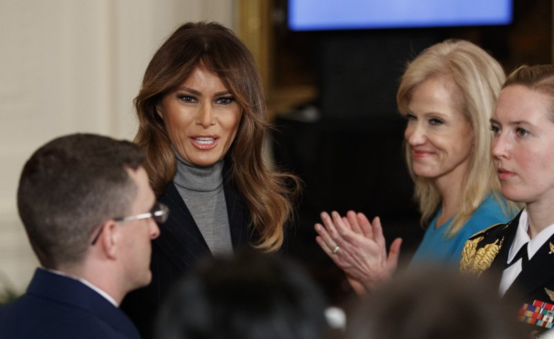 Melania Trump, Kellyanne Conway