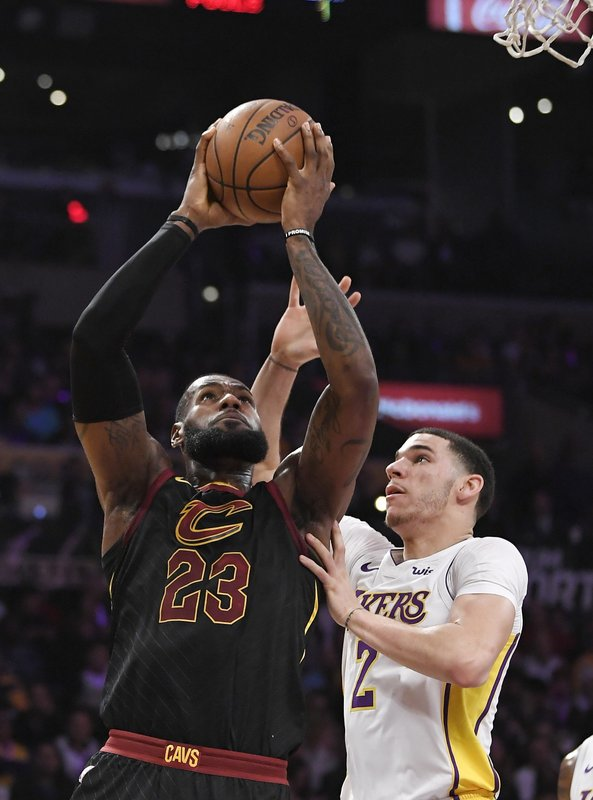 hot sale online e4106 912fc LA-Bron: James agrees to 4-year contract with Lakers