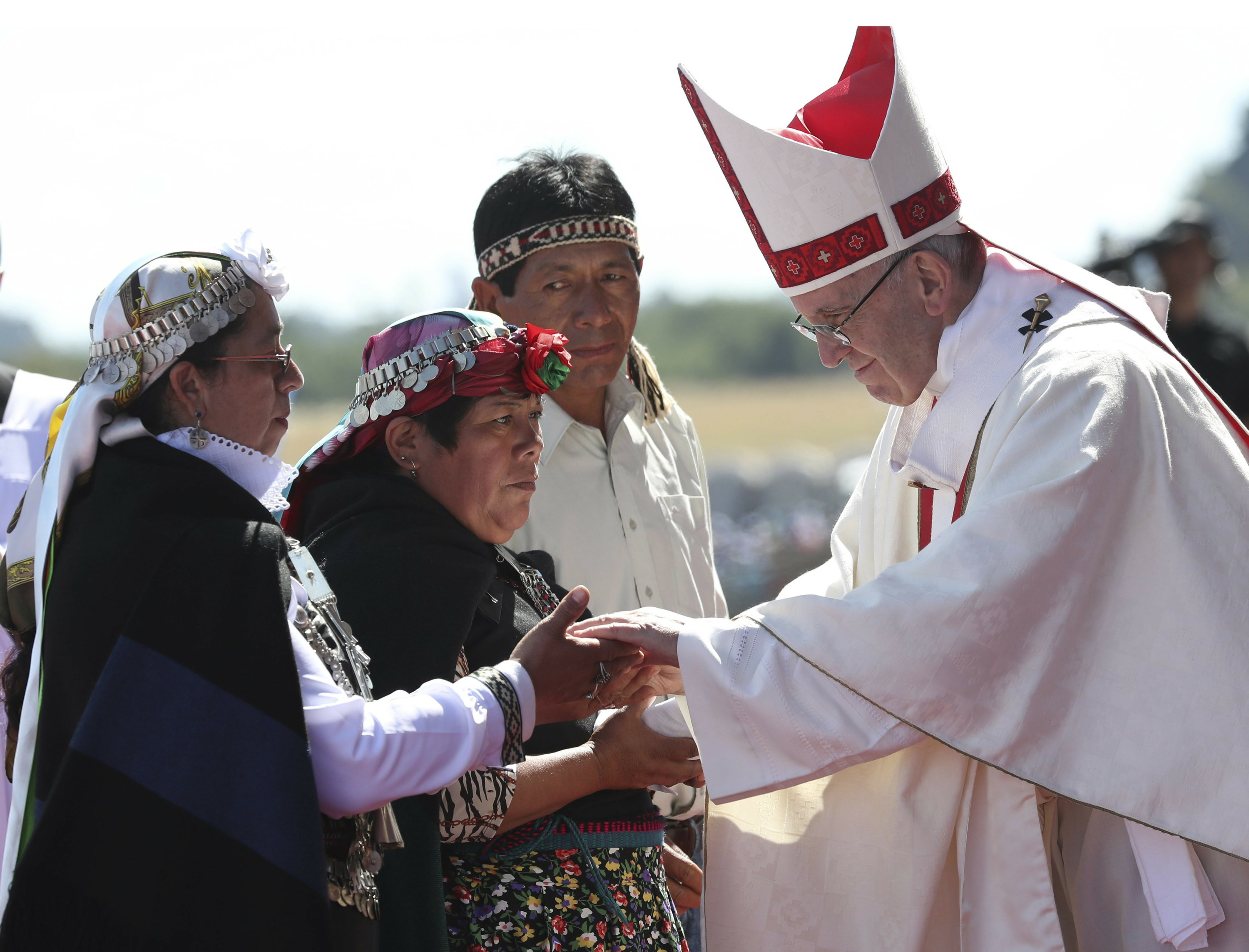 Pope denounces indigenous violence in symbolic Chile Mass