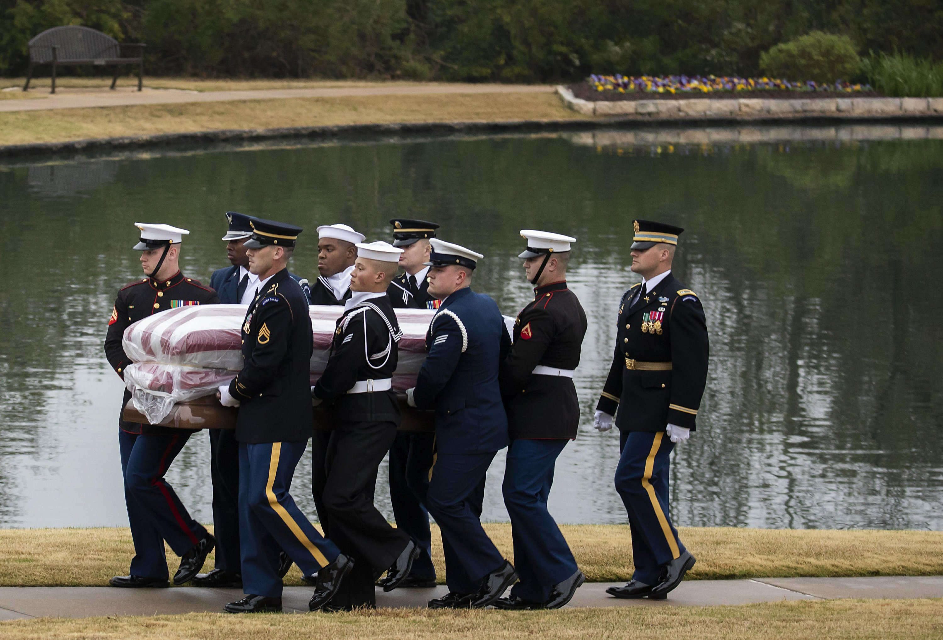The Latest Private Graveside Service Ends Bush Buried