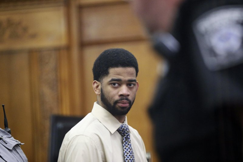 Milwaukee jury clears ex-officer in fatal shooting