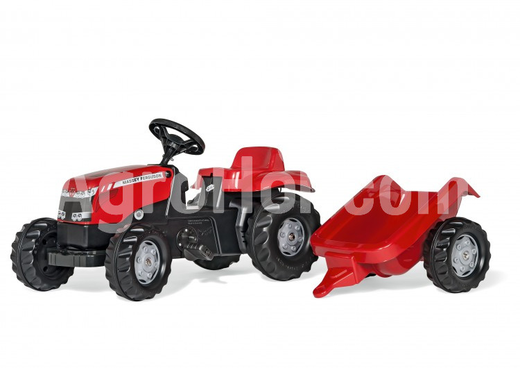 Massey Ferguson tractor (012305)