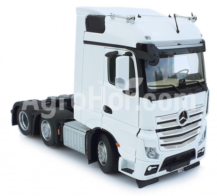 Mercedes-Benz Actros Bigspace 6x2 white