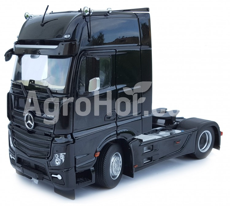 Mercedes-Benz Actros Gigaspace 4x2 black