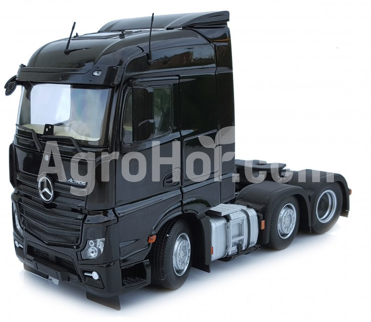 Mercedes-Benz Actros Gigaspace 6x2 black