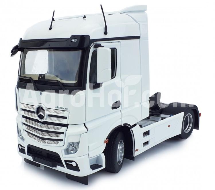 Mercedes-Benz Actros Streamspace 4x2 white