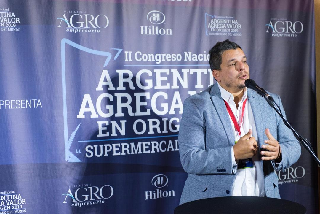 Hernán Di Leo - Gerente de Negocio Agro y Equipo Original de Pirelli Neumáticos