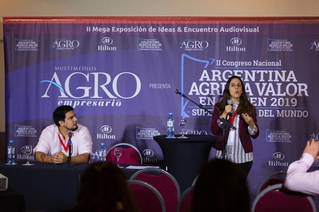 Sebastián Viggiola - Director de Imagen y Comunicación,  Agustina Seeber - Asistente de Comunicación, Beepure.