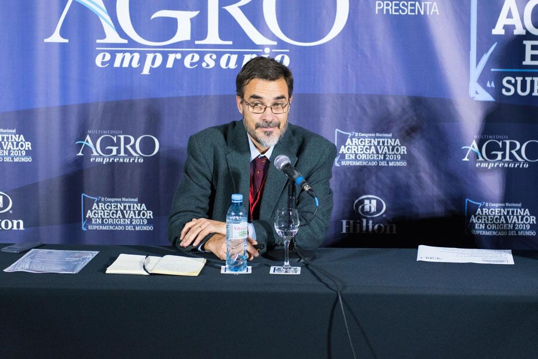 Martín Díaz Zorita - Desarrollo de soluciones aplicadas sobre semillas, Bayer Crop Science