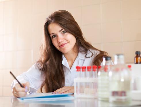 Pharmacy Technician Salary & Job Prospects | AIMS Education